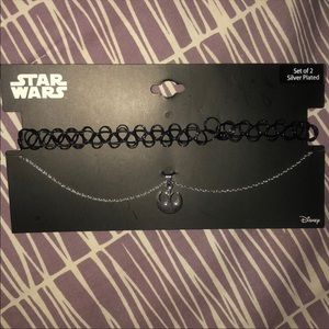 2 Star Wars necklaces set - choker NWT